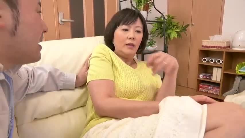 未亡人の義母